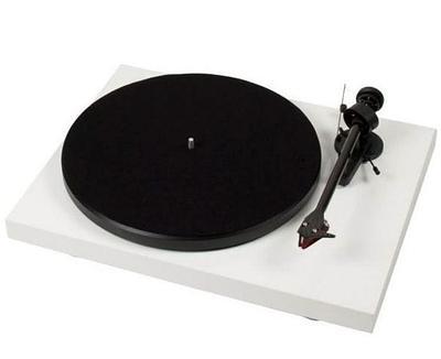 Проигрыватель виниловых пластинок Pro-Ject Debut Carbon DC 2M Red, 68dB, RCA+Ground, White
