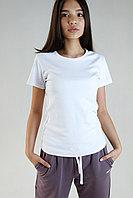 Женская футболка приталенная. Цвет: Белый