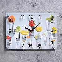 "Часы настенные ""Вилки с овощами"" 25х35 см, АА, плавный ход"
