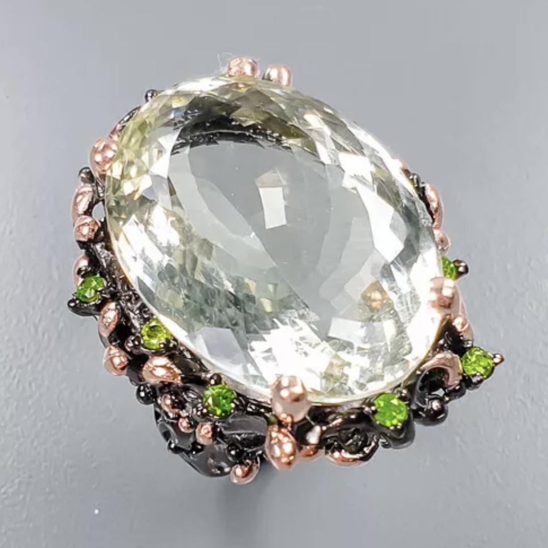 Роскошное кольцо с зеленым Аметистом