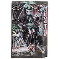 Кукла Монстр Хай Твайла, Monster High Freak du Chic  - Twlya