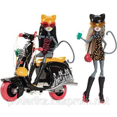 Набор кукол Монстер Хай Веркошки, на колёсах - фото 2