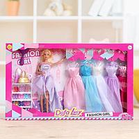 Кукла-модель 'Тина' с набором платьев, с аксессуарами, МИКС