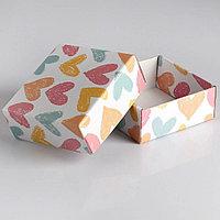 Коробка Меловые сердца, 14,5х14,5х6 см.