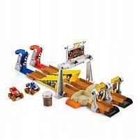 Игровой набор 'Вспыш и чудо-машинки', грязевая яма со слаймом
