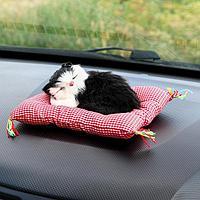 Игрушка на панель авто, кошка на подушке, черно-белый окрас