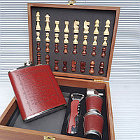 """Подарочный набор: Настольная игра """"Шахматы"""" + сувенирная фляжка со стопками., фото 1"""
