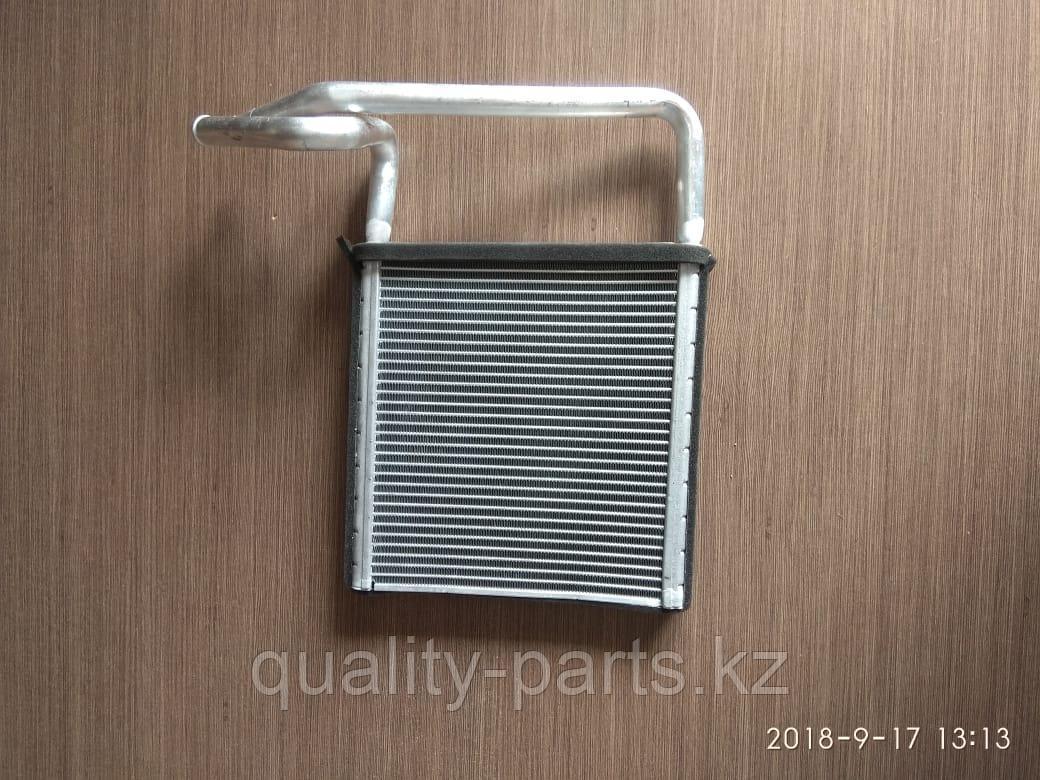 Радиатор печки двигателя на гусеничный экскаватор Hyundai R520LC-9.