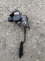 Педаль газа электронная Toyota Camry (30). Левый руль.
