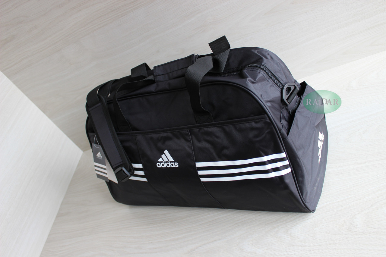Дорожная спортивная сумка