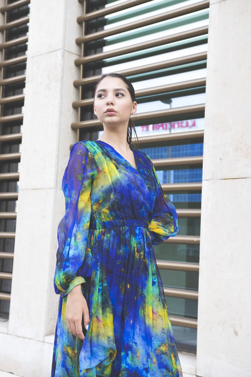 Платье с космической расцветкой