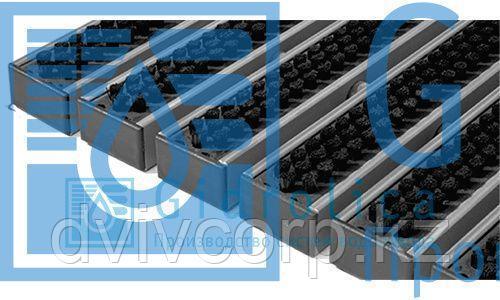 Придверная решетка Gidrolica Step - щетка 390х590мм