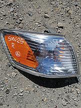 Поворотник правый передний Toyota Camry Gracia (SXV 25).