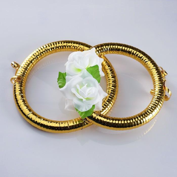 Кольца на радиатор «Свадьба» с белыми цветами