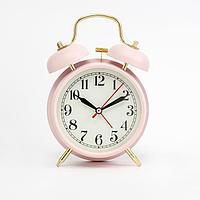 """Будильник """"Пеннант"""", дискретный ход, 17 х 11 см, d=9 см, розовый"""