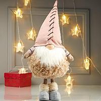 Кукла интерьерная 'Дедушка в меховой шубе и розовом колпаке' 48х16х21 см