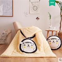 """Подушка-одеяло """"Котик с желтыми щёчками"""", 40*40 см"""