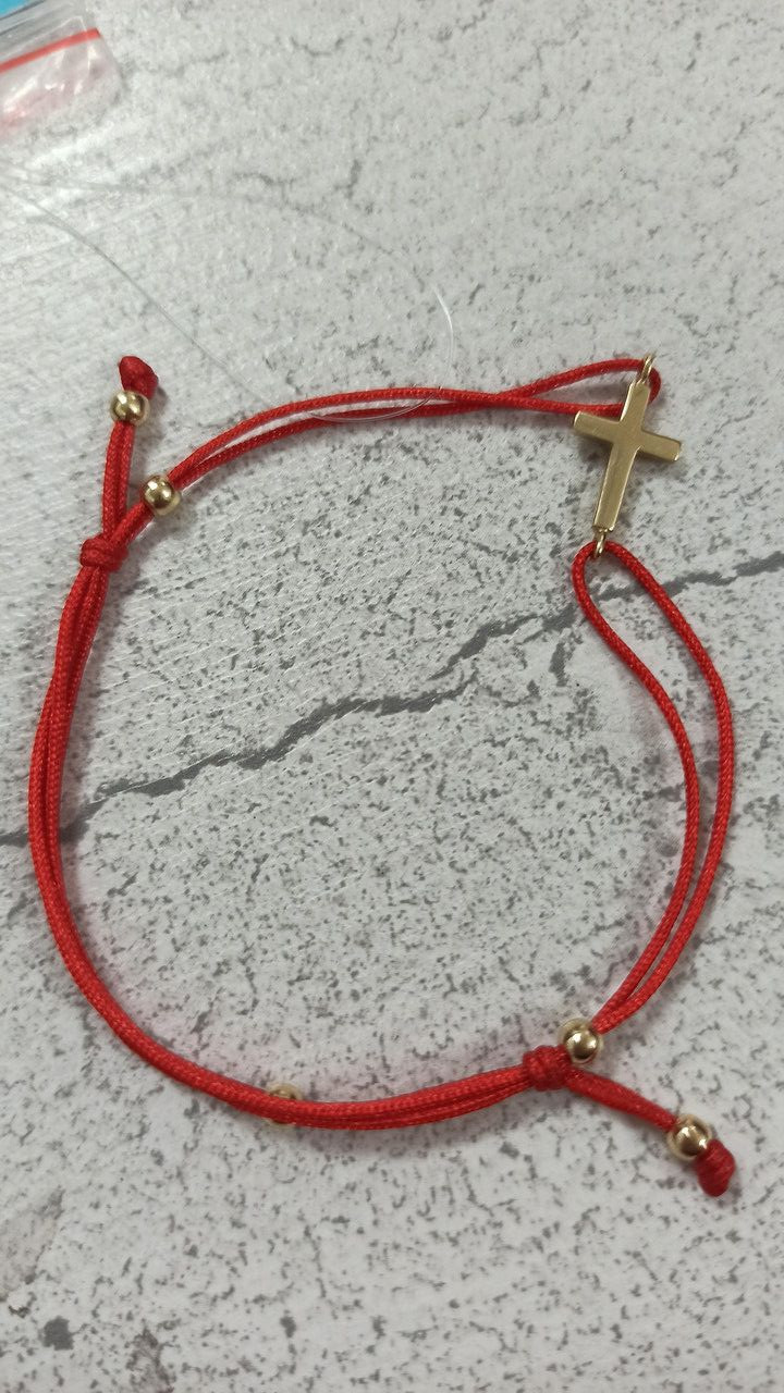 Фенечка золото (крестик). красная нить