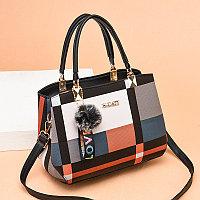 Женская сумка Excitement с геометрическим принтом