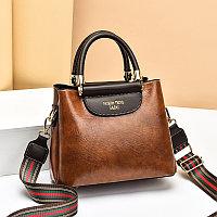 Женская сумка SADG с ярким акцентным ремешком Коричневый