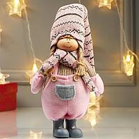 Кукла интерьерная 'Девочка в розовом комбинезоне и в розовом колпаке' 49х8х14 см