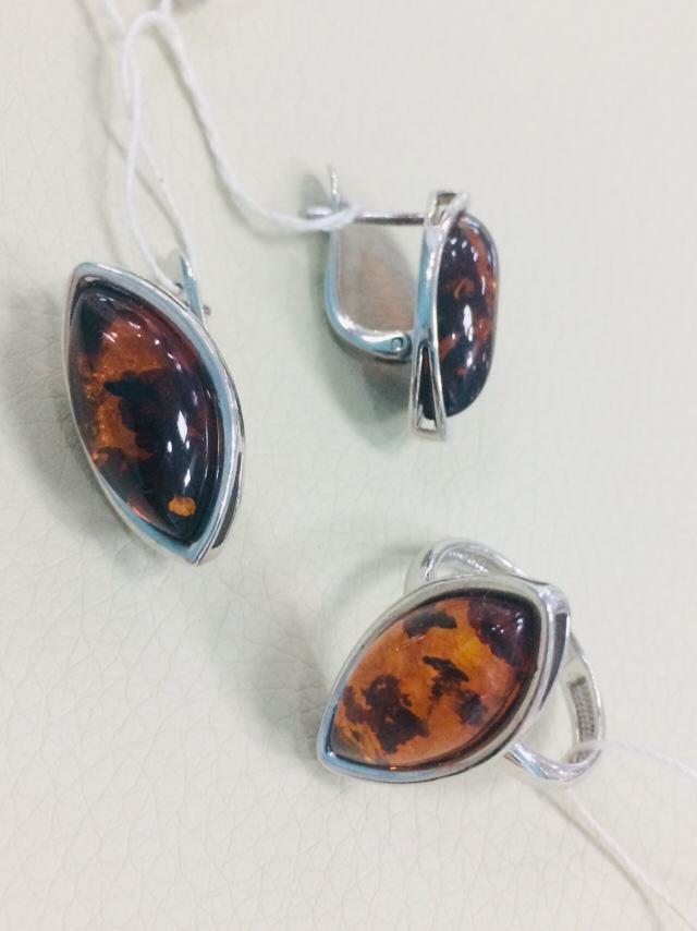 Комплект с янтарём / серебро