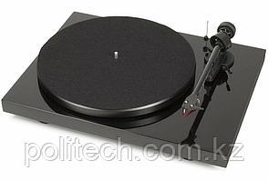 PRO-JECT Проигрыватель пластинок Debut Carbon RecordMaster HiRes 2M Red ЧЕРНЫЙ ЛАК EAN:9120071654788