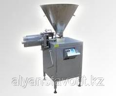 Шприц вакуумный (колбасный, дозирующий шнековый) ИПКС-047ШД(Н), произв. по производству колбас до 1500 кг/ч