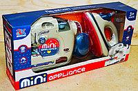6714B Бытовая техника Mini oppliance 2 в 1 швейная мешина, утюг  на батарейках 42*20