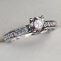 Золотое кольцо с бриллиантами 0.67Сt VVS2/N VG-Cut