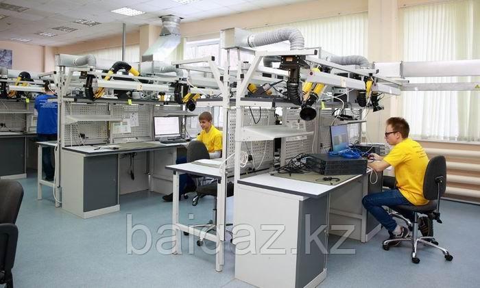 Учебно-практический стенд «Рабочее место радиомонтажника» (стендовое исполнение)