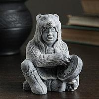 Сувенир 'Шаман в шкуре медведя с бубном' 8,5см
