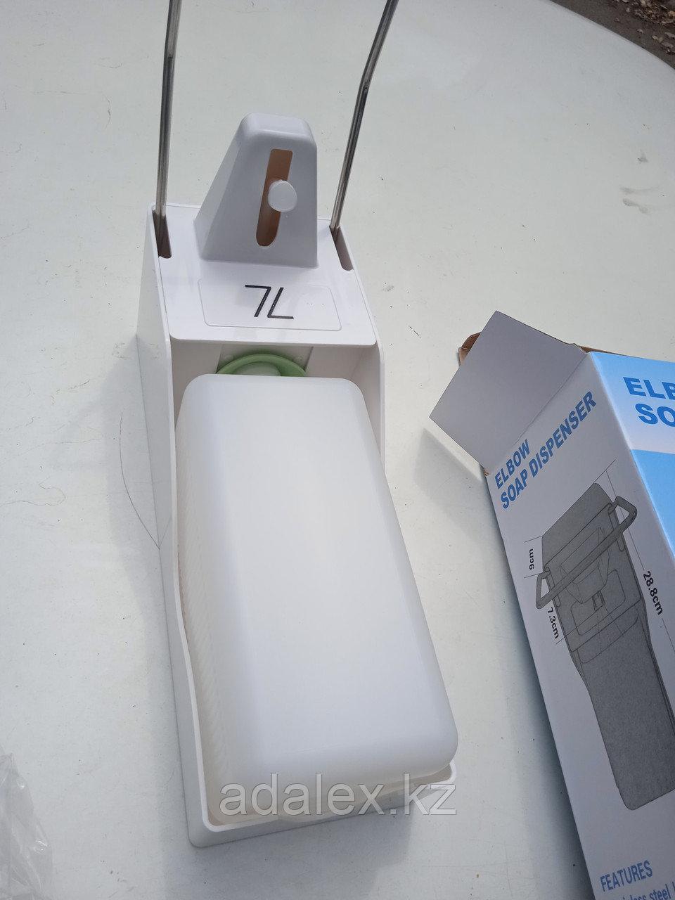 Локтевой дозатор-диспенсер с евроканистрой 1л. - фото 4