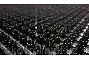 Щетинистое покрытие 0,9 х15 м,  139 Чёрный