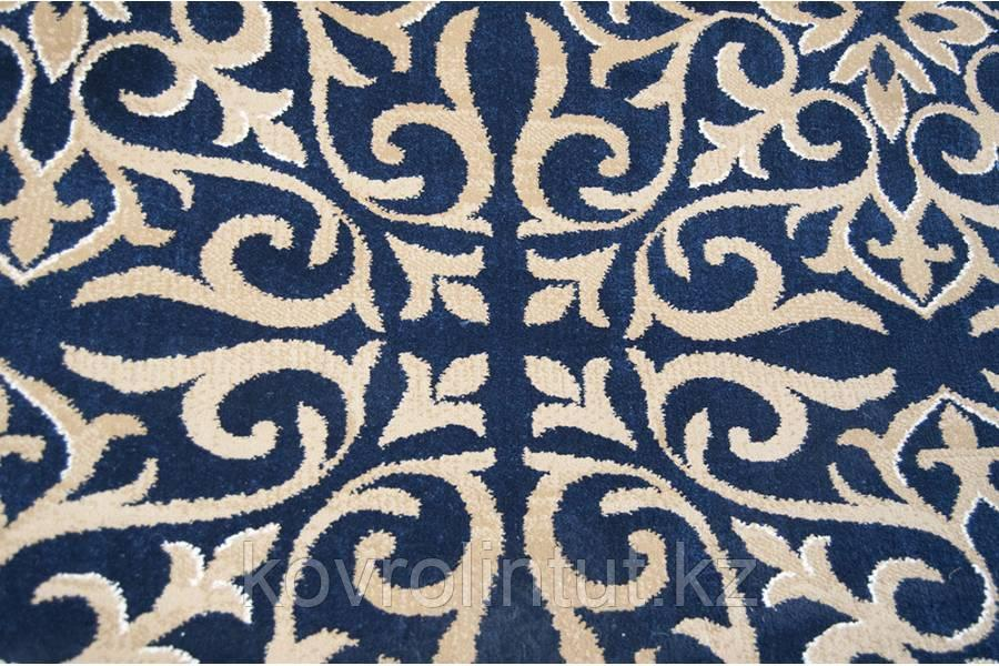 Ковролин Atlas  8250 8 41311  Синий с национальным рисунком (9мм)  4,0м