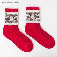 Носки женские шерстяные с оленями, цвет красный, размер 23 (35-37)