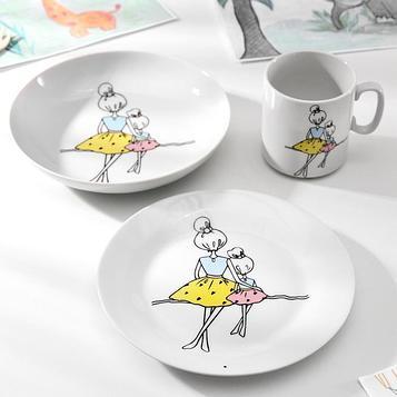 Набор посуды «Мама», 3 предмета: кружка, тарелка глубокая, тарелка плоская