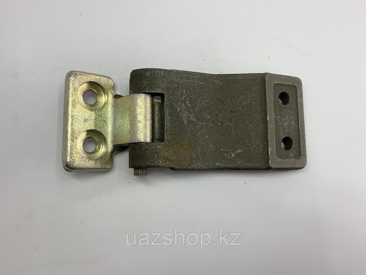 Петля двери задка УАЗ 452