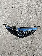 Решётка радиатора Mazda 3.  2008г.