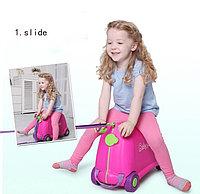 Детский чемодан Baby yuga на колесиках розовый