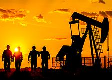 Поздравляем с Днем работников нефтегазового комплекса!