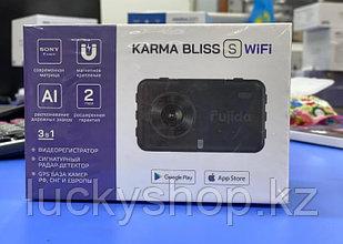 Fujida Karma Bliss S WiFi - видеорегистратор с GPS радар-детектором и WiFi-модулем