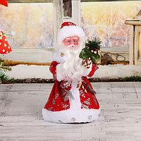 Дед Мороз 'В красной шубке с подарками' двигается с подсветкой, 30 см