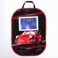 Незапинайка на автомобильное кресло с карманом для планшета 'Лучший гонщик'