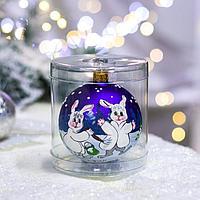 Ёлочная игрушка Шар 'Зайцы новогодние', 10 см, стекло, ручная роспись