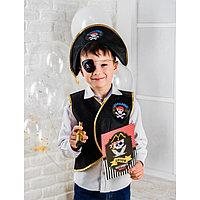 Набор пирата 'Карамба', 6 предметов шляпа, жилетка, наглазник, орден, подзорная труба, кодекс