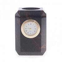 Карандашница с часами из обсидиана 6,5х6,5х10 см