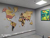 Многоуровневая карта мира из дерева 150/110