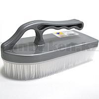 Щетка-утюг для чистки ковров пластиковыми щетинками ARJ plastic 150 серая