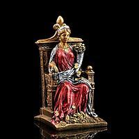 Сувенир 'Фортуна на троне'